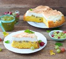 Ucierane ciasto z agrestem i bezą: rozkosz dla podniebienia