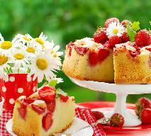 Błyskawiczne ciasto ucierane z truskawkami - łatwe letnie ciasto owocowe z kruszonką, które wyjdzie każdemu
