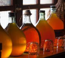 Nalewka zimowa na rumie, winie, miodzie i z przyprawą do piernika