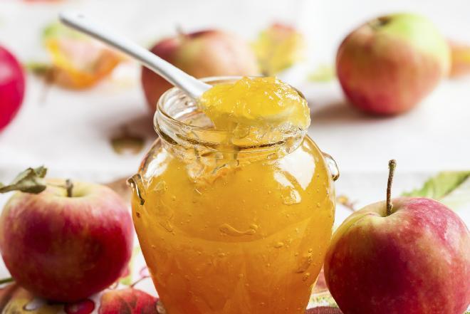 Mus jabłkowy dla dzieci: jak zrobić? [prosty przepis]