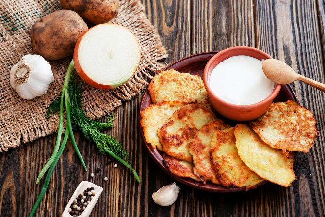 Placki ziemniaczane: klasyczny przepis na klasyczną potrawę