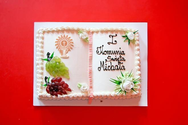 Torty komunijne - najmodniejsze dekoracje tortów komunijnych
