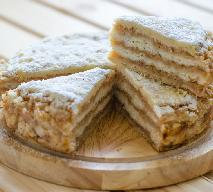 Znakomite ciasto z jabłkami i chałwą