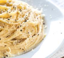 Makaron z pieprzem i serem: przepis na szybki obiad z niczego