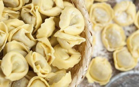 Zapiekanka z pierożków tortellini - jak zrobić?