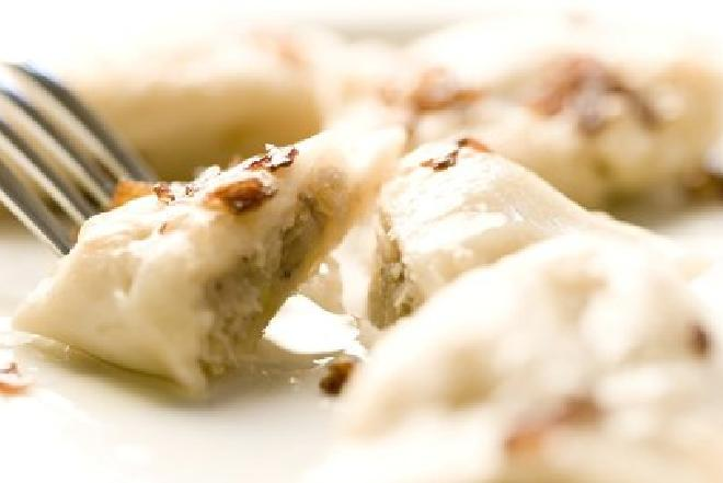 Potrawy wigilijne: pierogi z kaszą gryczaną [WIDEO]